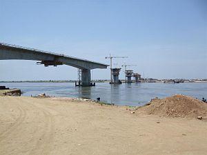 Transport in Mozambique - Construction works for the Armando Guebuza Bridge, Mozambique