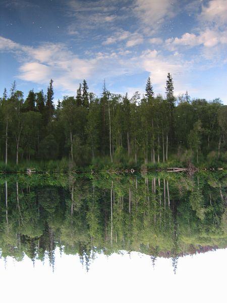 File:Canada-Lake-Rockys.jpg