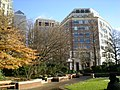 Canada Square in a sunny day - panoramio (2).jpg