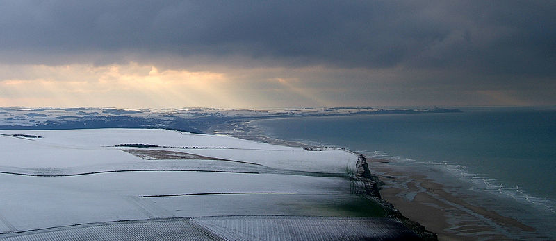 File:Cap Blanc Nez winter.jpg