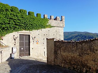 Louis, King of Sicily - Louis was at the castle of Montalbano Elicona in November 1348, when Matteo Palizzi took over his guardianship