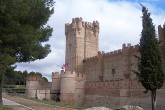 Castle of La Mota - Side view.