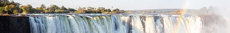 Cataratas Victoria, Zambia-Zimbabue, 2018-07-27, DD 51-58 PAN.jpg