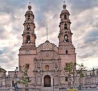Catedral de Aguascalientes (vista de frente)