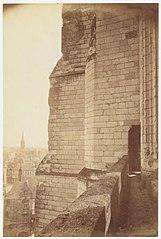 Photographie d'un détail de contrefort de la cathédrale de Nantes