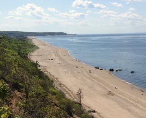 Cedar Beach (Brookhaven, New York) - View toward Cedar Beach from the adjacent beaches in Miller Place