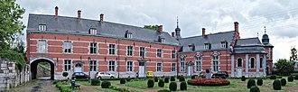 Marchienne-au-Pont - Image: Château Bilquin de Cartier in Marchienne au Pont, Charleroi (DSCF7726 DSCF7728)