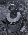 Chacobo; manstyp. arm band, huvudbonader med fjädrar. Gran Chaco. Bolivia - SMVK - 0072.0066.tif
