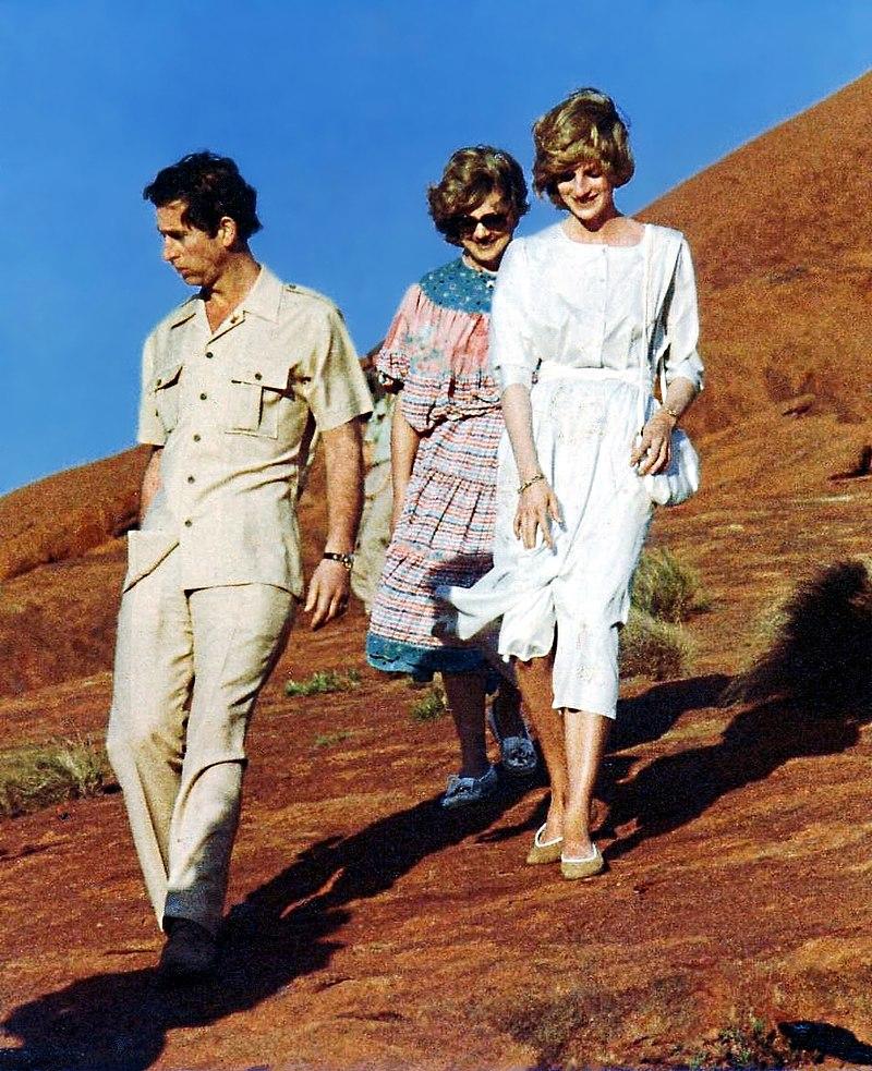Charles and Di. Uluru. March 83.JPG