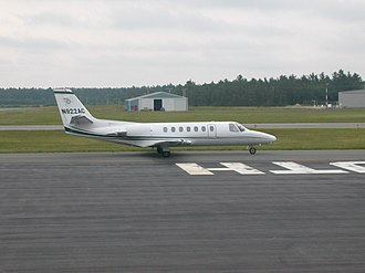 Plymouth Municipal Airport (Massachusetts) - Image: Charter Plane Plymouth Airport