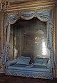 Chateau Versailles petit appartement Reine cabinet meridienne sofa.jpg