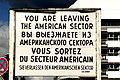 Checkpoint Charlie - Schild.jpg