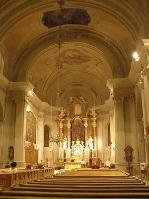 Basilica Minore dei Santi Filippo e Giacomo - Interior