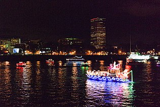 Christmas Ship Parade 08.jpg