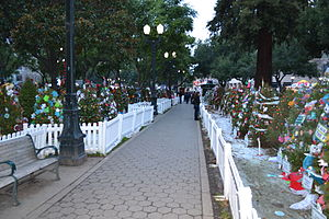 Christmas in the Park (San Jose) - Exhibit of Christmas trees