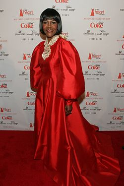 Cicely Tyson at Heart Truth 2009.jpg