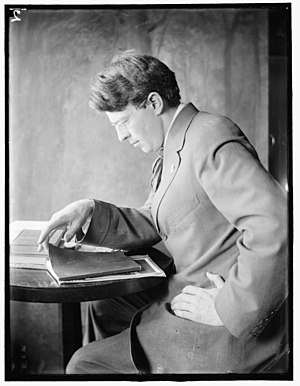 Clarence Hudson White - Clarence H. White, c1910. Portrait by Gertrude Käsebier