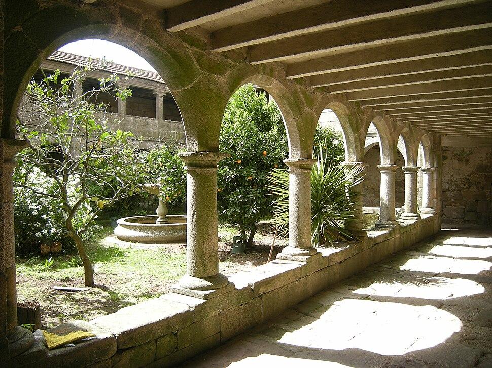 Claustro Mosteiro de San Pedro de Tenorio, Cotobade