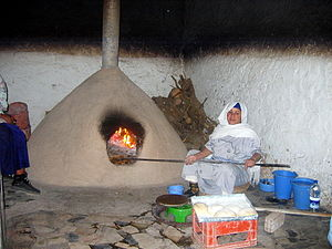 Wood-fired oven - Image: Clay Oven