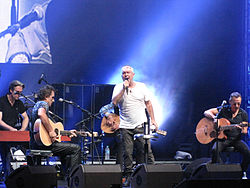 Cold Chisel November 17 2011.jpg