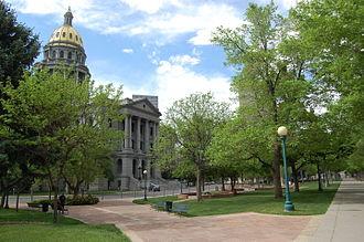 Colorado State Capitol - Image: Coloradocapitolhill 1