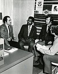 Dialogue - Wikipedia