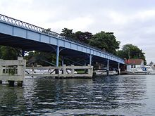 CookhamBridge01.JPG