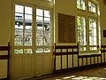 Couloir d'entrée lycée Molière, Paris 16e 1.jpg