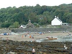 Cwm yr Eglwys beach - geograph.org.uk - 20928.jpg