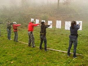 Defensive gun use - Image: Czech self defense training pic 04