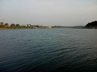 Daman Ganga River river in western India
