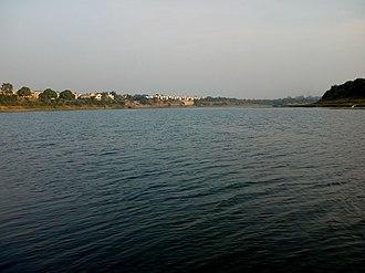 Daman Ganga River - Daman Ganga River At Rameshwar Mahadev Temple Lavachha, Gujarat, India