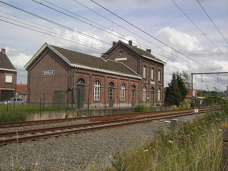 Bestand:Deerlijk station - België.jpg