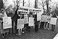 Demonstratie door het Polisariocomite voor de Spaanse Ambassade in Den Haag , de, Bestanddeelnr 931-1478.jpg