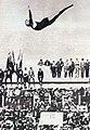 Dick Eve, champion olympique du plongeon haut simple en 1924.jpg