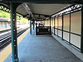 Downtown platform Dyckman Street IRT Broadway-Seventh Avenue Line.jpg
