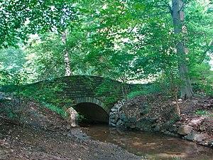 Dumbarton Oaks Park - Dumbarton Park Bridge