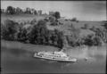 "ETH-BIB-Insel Ufenau mit Passagierschiff ""Linth""-LBS H1-016722.tif"
