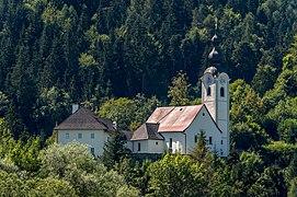 Ebenthal Gurnitz Propstei und Pfarrkirche hl. Martin NO-Ansicht 20082020 7664.jpg