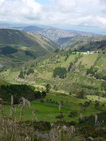 Fail:Ecuador landscape near Ambato1.JPG