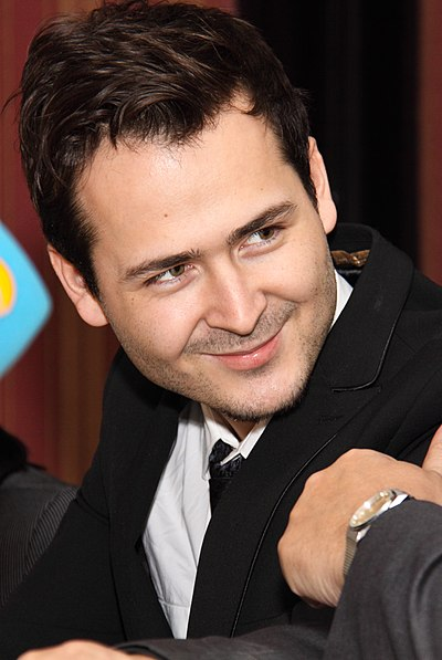 Picture of a band or musician: Edward Maya