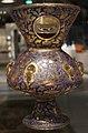 Egitto o siria, lampada da moschea con stemma, 1330-50 ca., vetro soffiato.JPG