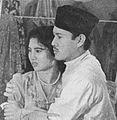 Ellya and Amran S Mouna in Senen Raja, Film Varia 1.6 (May 1954), p34.jpg