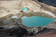 トンガリロ山のエメラルド・レイク