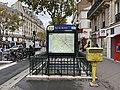 Entrée Station Métro Rue Boulets Paris 3.jpg