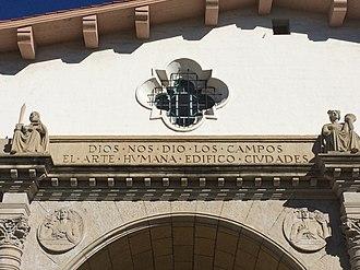 Santa Barbara County Courthouse - Image: Entrance slogan Santa Barbara County Courthouse