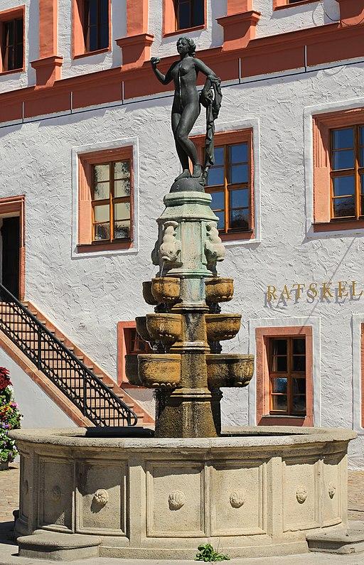 Evabrunnen am Rathaus in Grimma. Sachsen 2H1A7875WI