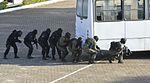 Exercício conjunto de enfrentamento ao terrorismo (27165433746).jpg