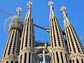 Exterior of the Sagrada Família 17.jpg