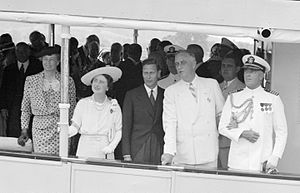 USS Potomac (AG-25) - Franklin and Eleanor Roosevelt with George VI and Queen Elizabeth, sailing from Washington, D.C., to Mount Vernon on the USS Potomac (June 9, 1939)